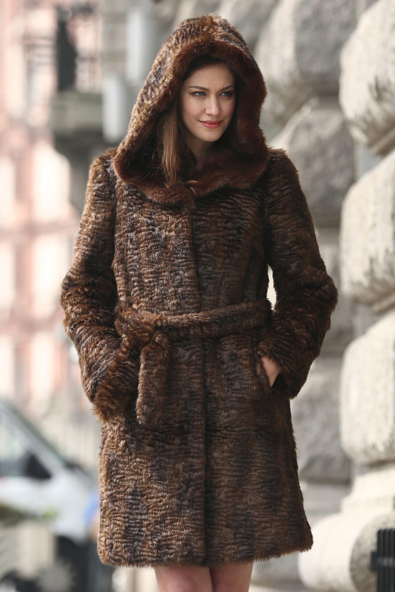 New Style Winter Persian Lamb Faux fur Coat Faux Sable Hooded ... bc5aca9cb0