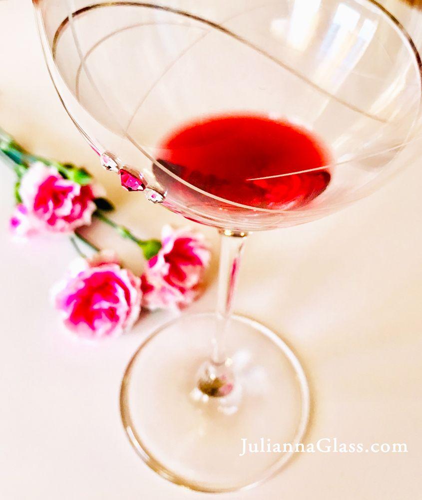 Pink Ribbon Wine Glass In 2020 Beautiful Wine Glass Wine Glass Wine