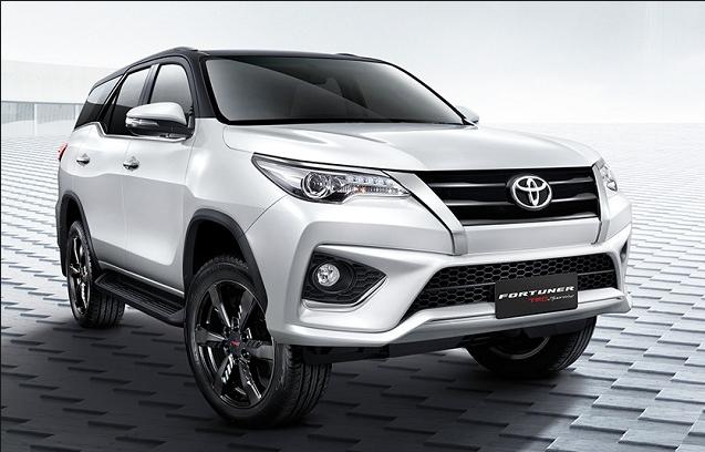 2018 Toyota Fortuner Car Car Rental Toyota
