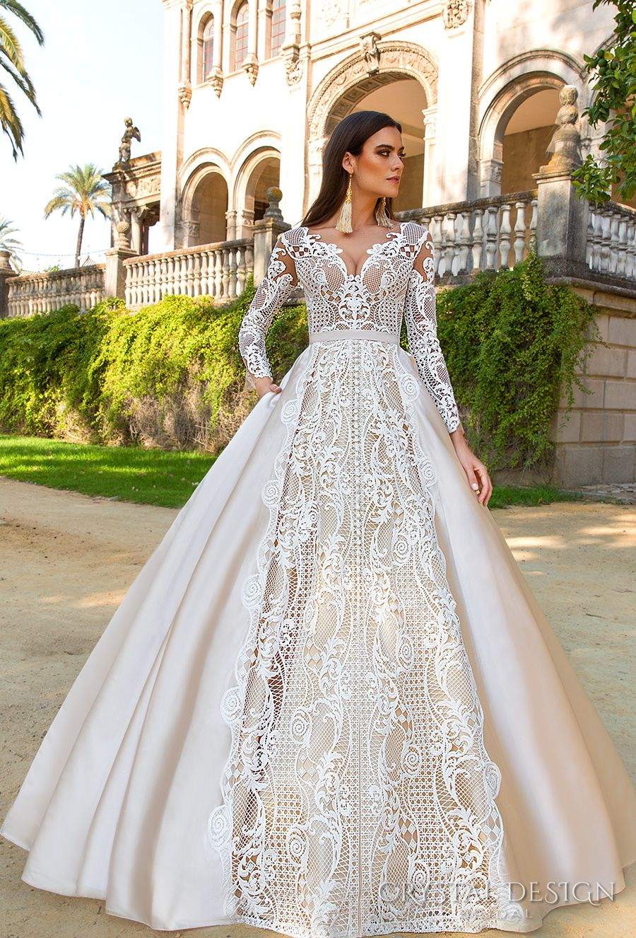 Crystal Design 2017 Bridal Long Sleeves Sweetheart Neckline Full Embellishment Lace Glamorous A Line Wedding Dress Sheer Back Royal Train Ohara Mv
