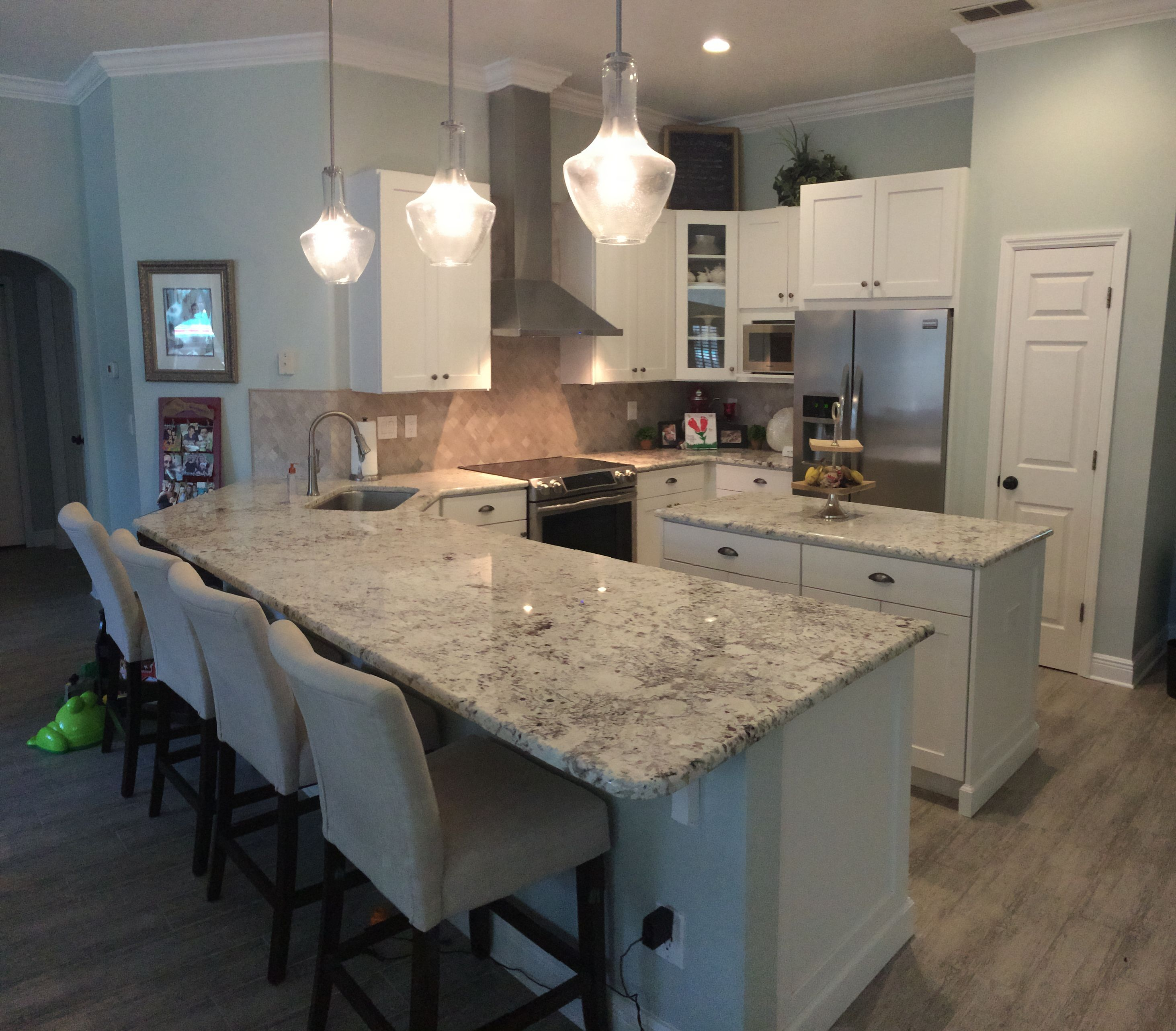 White Galaxy Granite Kitchen: White Galaxy Granite, Shaker Cabinets, California Bar