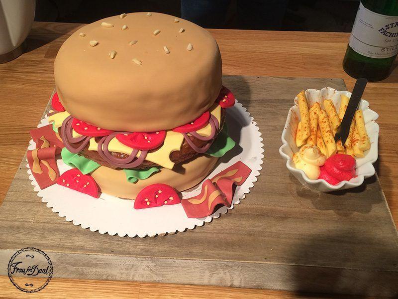 Motivtorte Hamburger Cheeseburger Fondant Fraufondant Schokopommes Tortendeko Kuchen Tolle Kuchen
