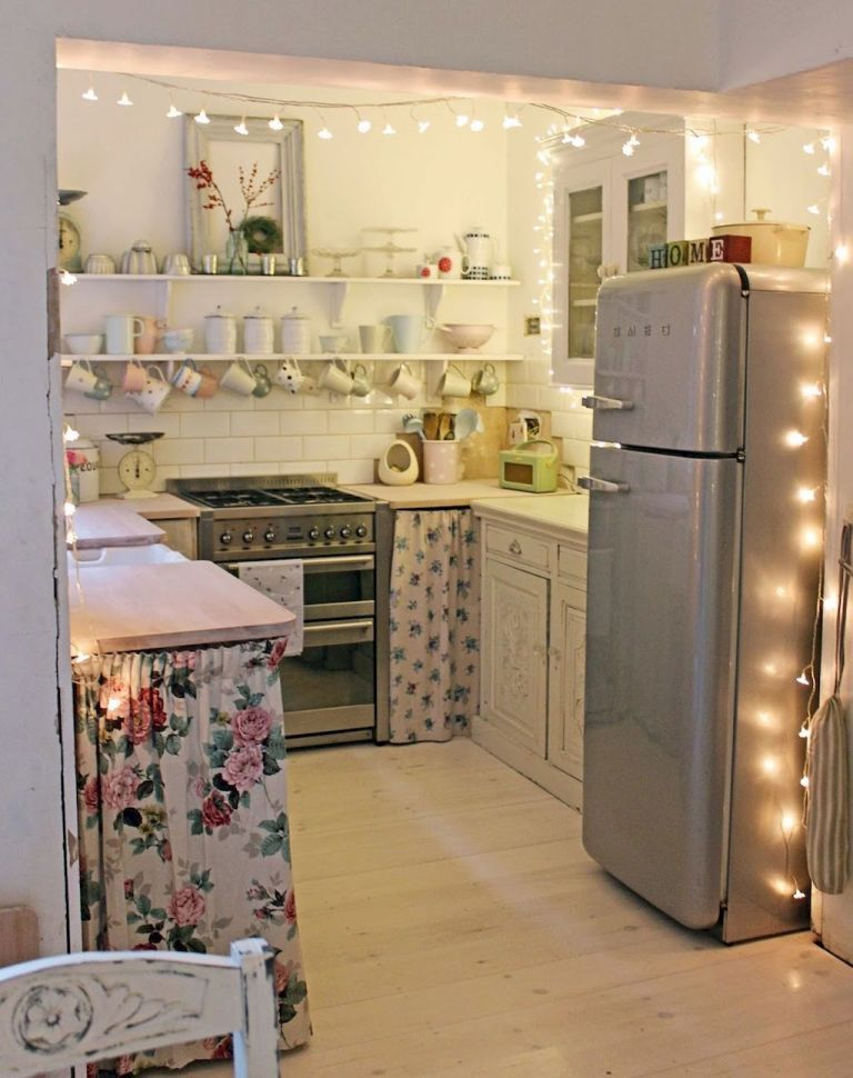 I Like The Idea Of Having Curtains In A Small Kitchen