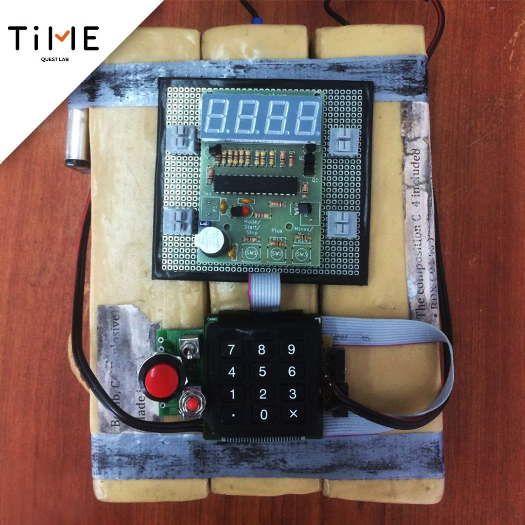 The bomb will be suitable for escape room of any genre