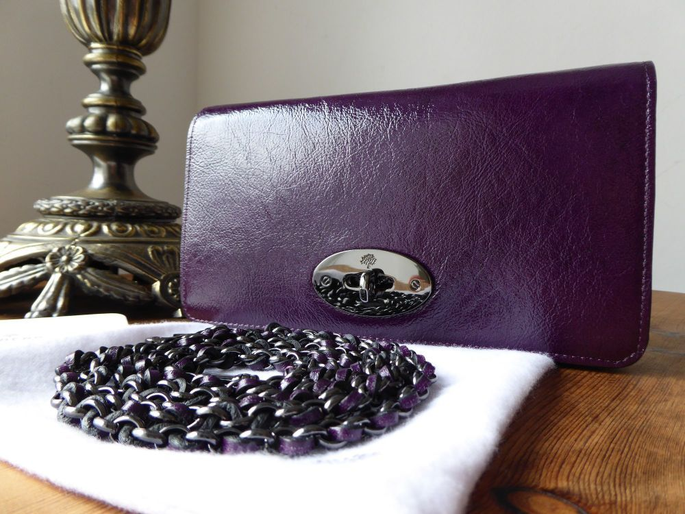 Mulberry Bayswater Clutch Wallet in Red Onion High Pebbled Patent ... 557b18a701e49