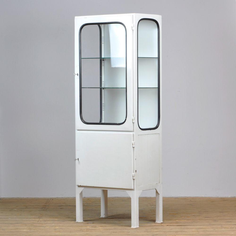 For Sale Vintage Cabinet 1970s In 2020 Vintage Cabinets Medical Cabinet Cabinet