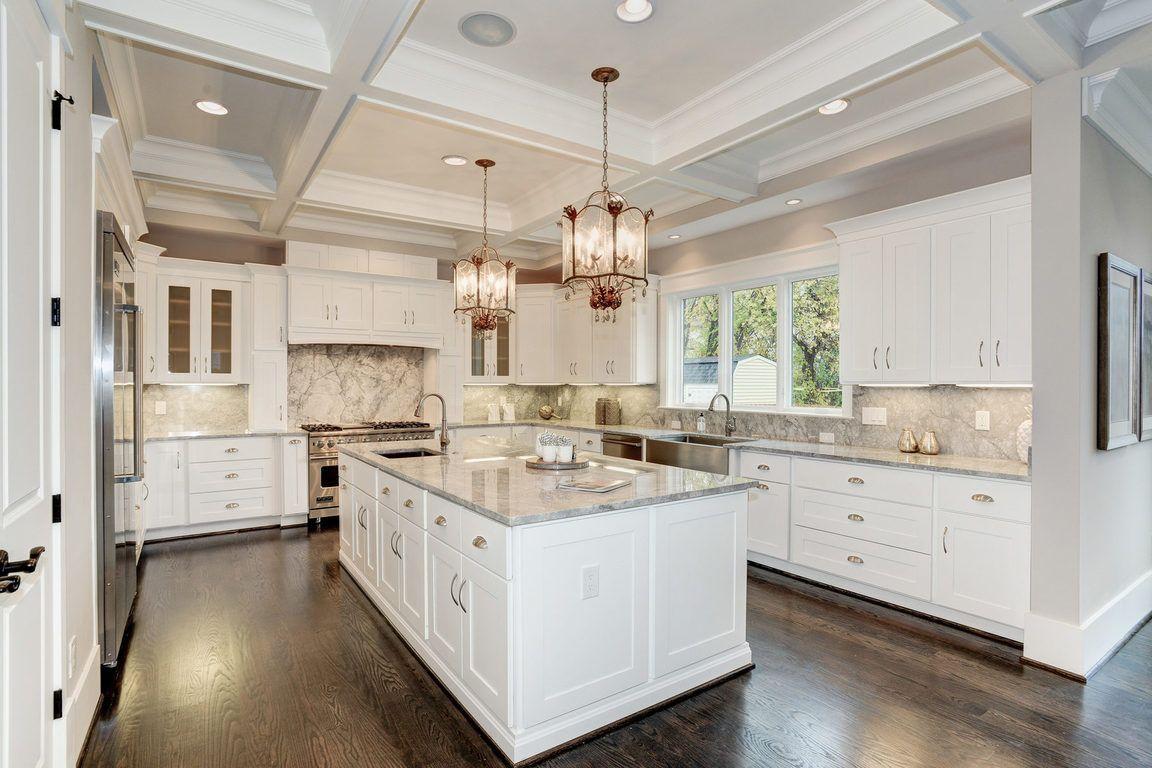 19 Highland Street N Arlington Va 22201 For Sale Homes Com Kitchen Layout Kitchen Designs Layout Luxury Kitchen Design Layout