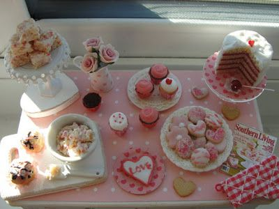 Valentine's Day table - The Mini Food Blog