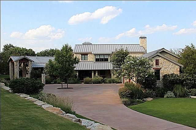 Tyler Texas Www Avcoroofing Com We Perform Any Kind Of Roofing We Also Create Professionally Hill Country Homes Farmhouse Style House Ranch Style Homes