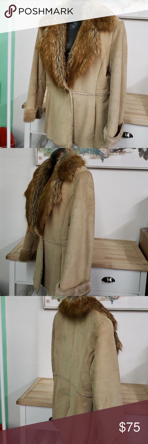 Guess leather jacket tan medium Beautiful gently used tan