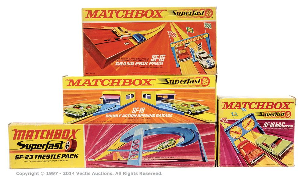 Matchbox Superfast group of Track Accessories (1) SF16 Grand Prix