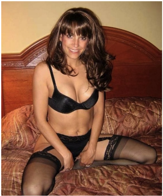 Mom lingerie picture