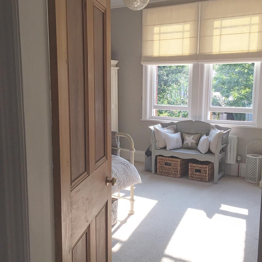 Love the way the sun shines through Phoebe's window into her room.....and its tidy! Xxx #sashwindows #homeinterior #bedroomdecor #bedroom #star #cushion #homeaccessories #homesweethome xxx @maison_by_emma_jane
