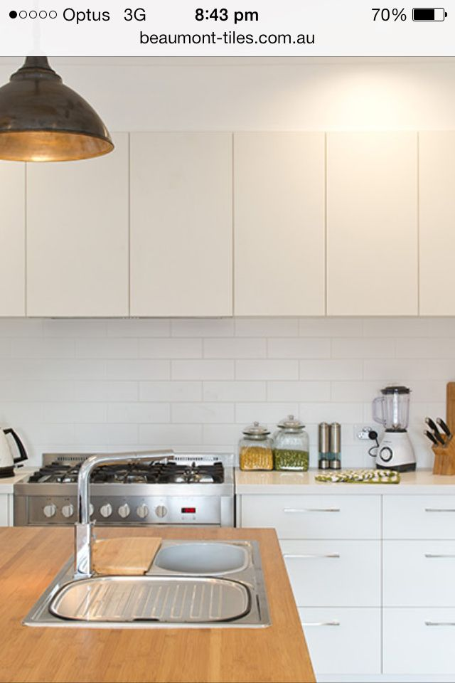 100x300 Satin White Subway Tiles Beaumont Tiles Janeandplinio Kitchen Subway Tile Kitchen Kitchen Backsplash