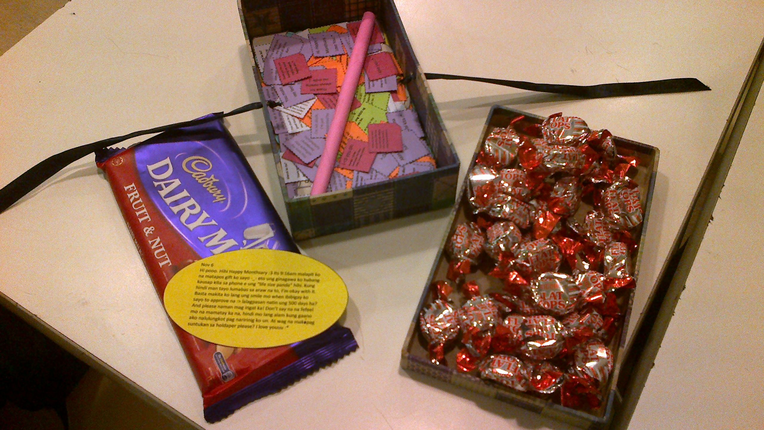 1st Monthsary Gift. (me being sweet :3 )
