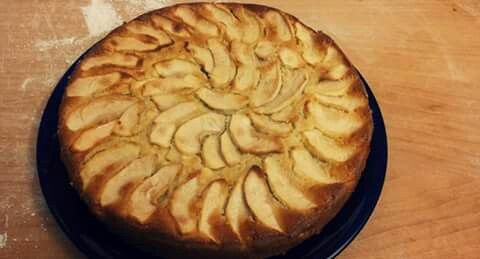 Apple cake! Wonderful!