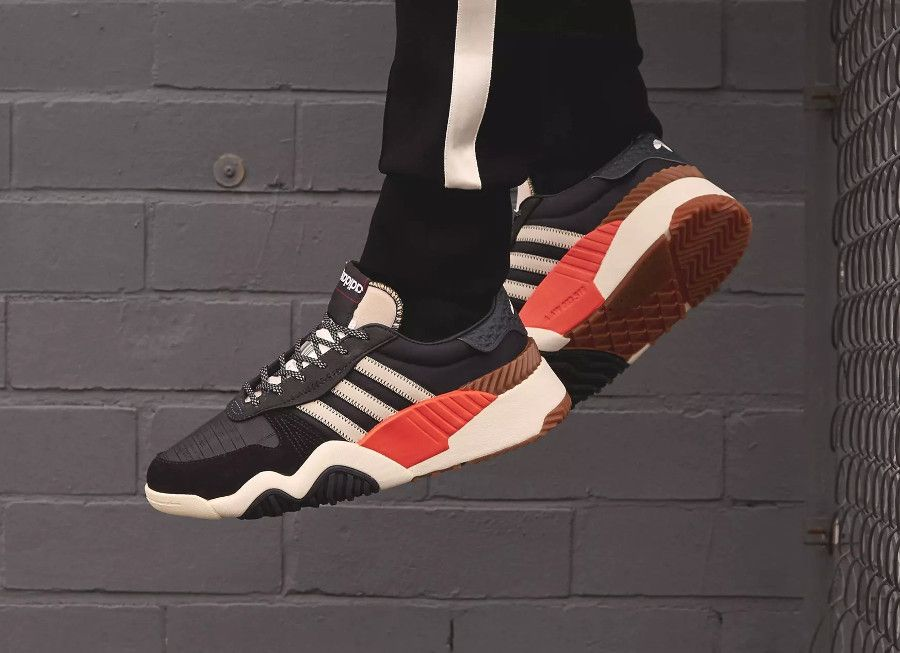 44dc845e8e0 adidas-aw-turnout-trainer-core-black-chalk-orange-on-feet-AQ1237 (3 ...