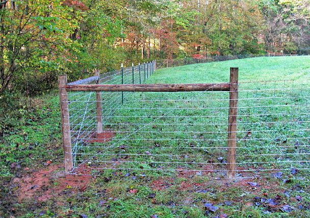 4x4 Sheep Or Goat Wire On Metal T Post W Wood Corner Bracing