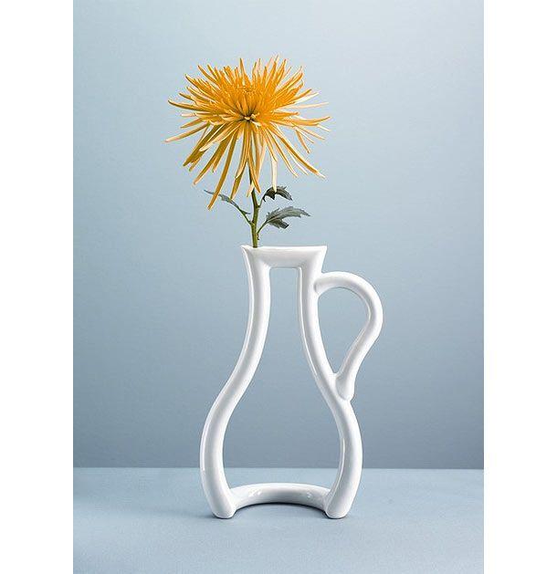 Very Interesting Design For A Flower Vase Unusual Vases Vase Design Vase