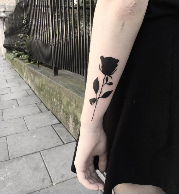 Blacked-out rose by Klaudia Holda