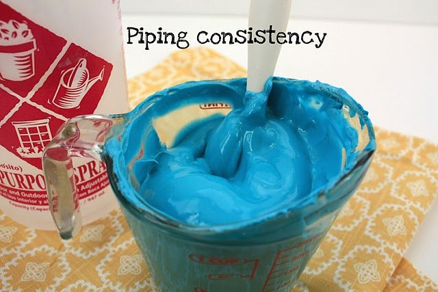This is the best step-by-step instructions on how to make piping and ...