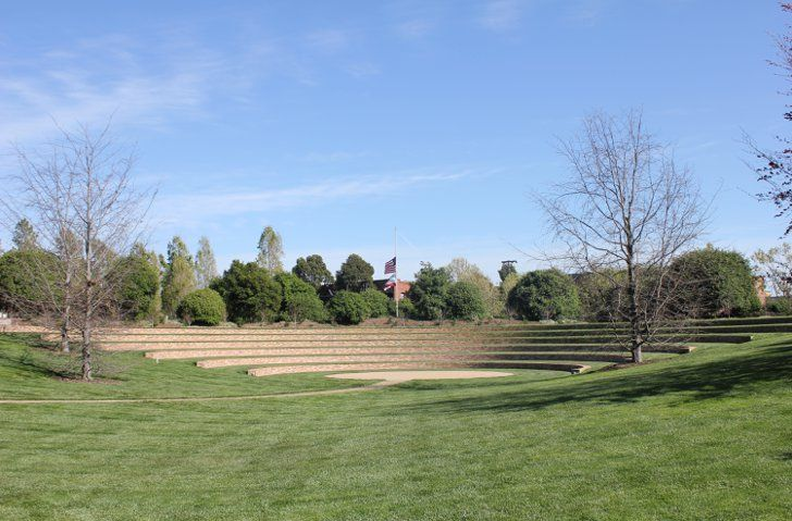 Or Hang Out In The Amphitheater Amphitheater Animation Studio Landscape Architecture