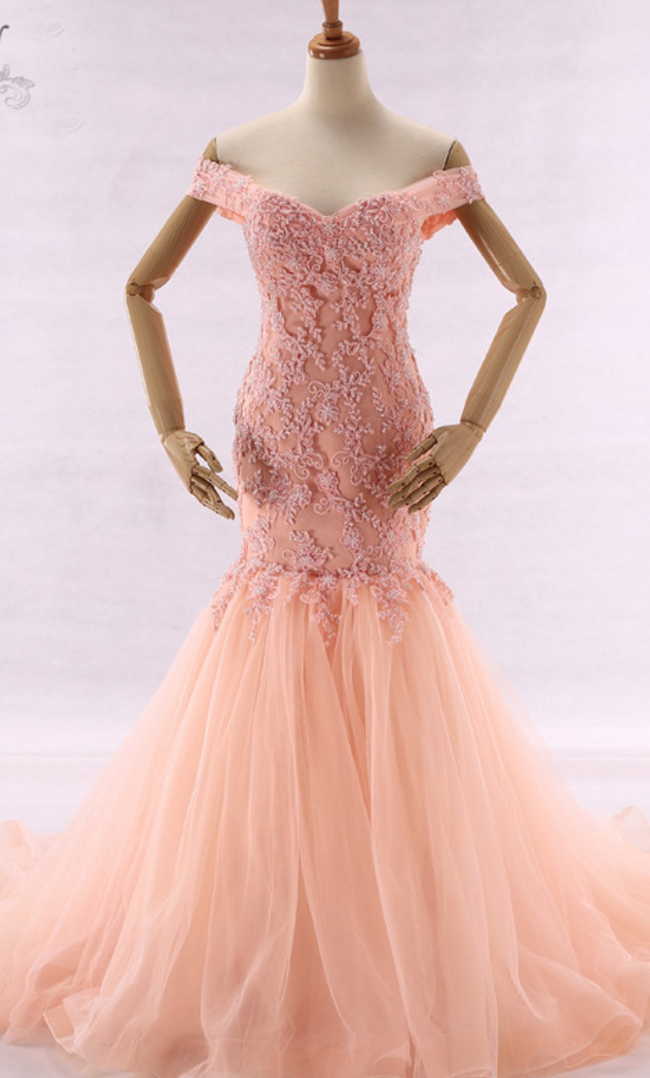 Outdoor dress pearl Rose princess dress lace Appliques Off tone in ...