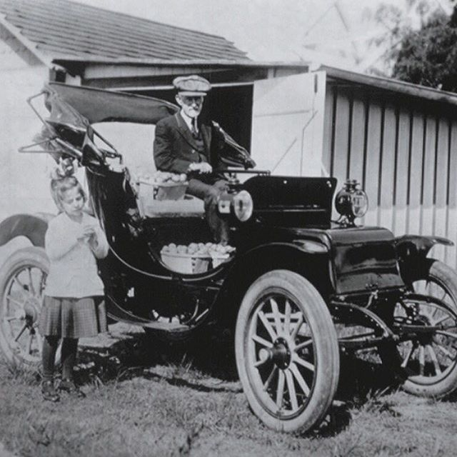 A I Root And His Famous Electric Car One Of The First Electric