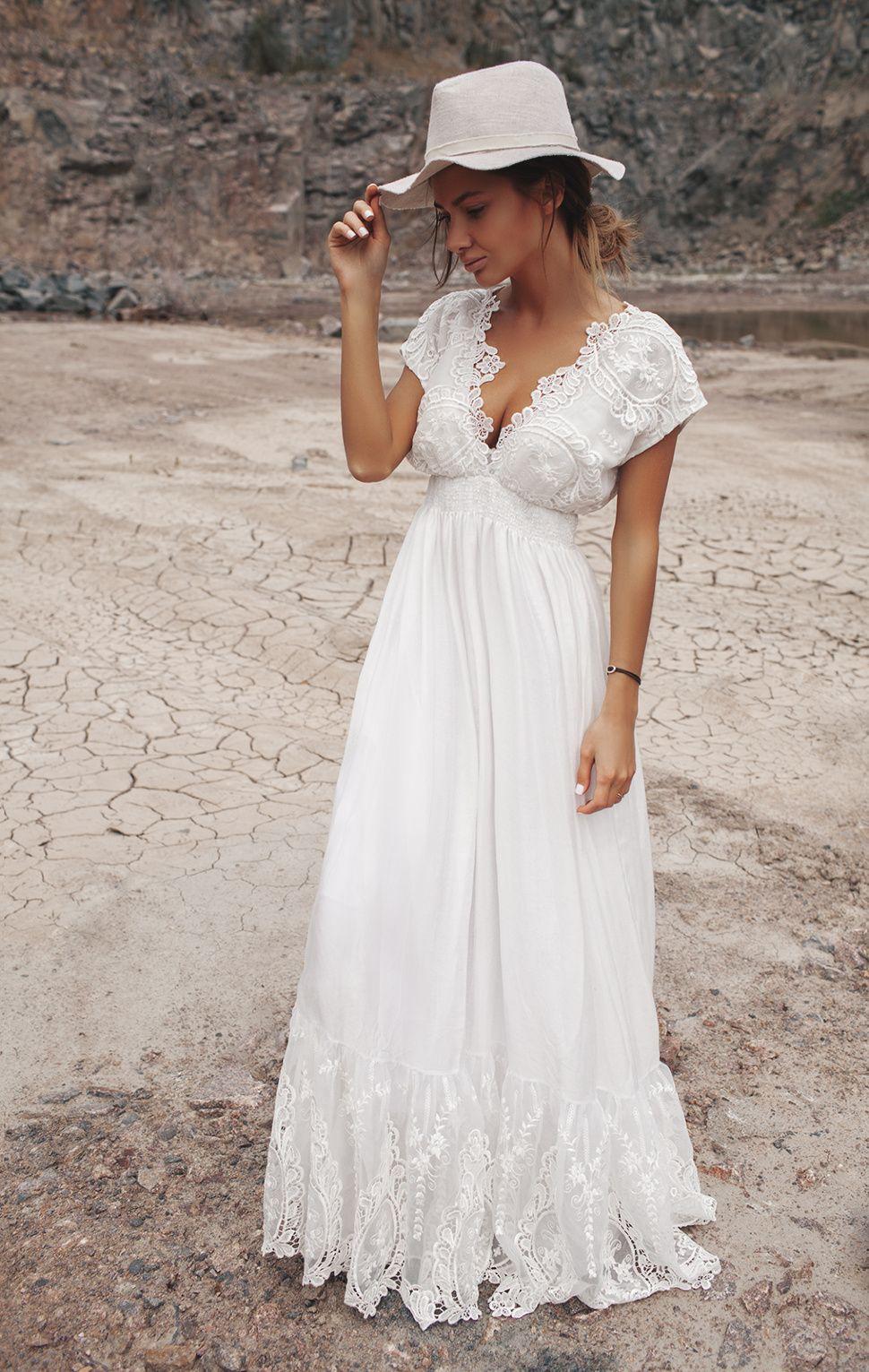 2193869d9174bf Длинные летние платья и сарафаны 2017 (85 фото): в полоску, для беременных,  новинки, шифоновые, для полных девушек, модели