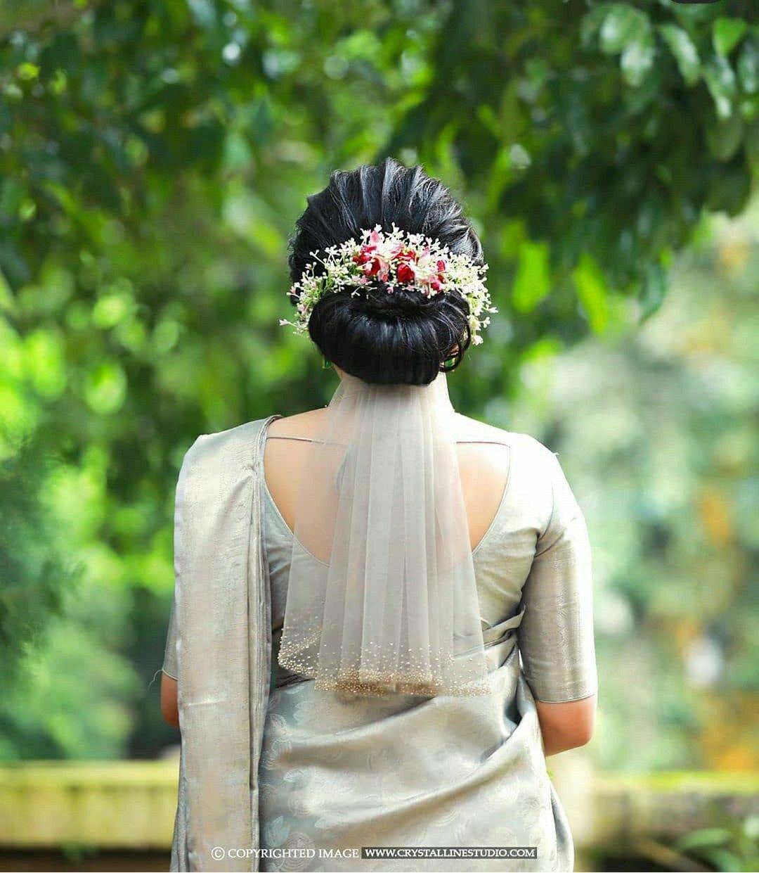 Pin By Rose Joy On Christian Bridal Wear In 2020 Christian Bridal Saree Christian Wedding Gowns Christian Bride