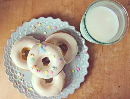 baked chocolate chip buttermilk doughnuts with maple glaze.
