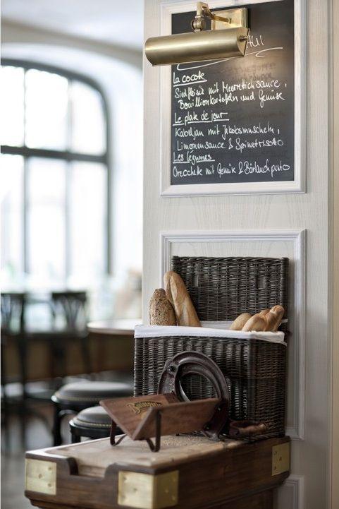 Quaglinos Zurich With Images Cafe Bistro Restaurant Interior Restaurant