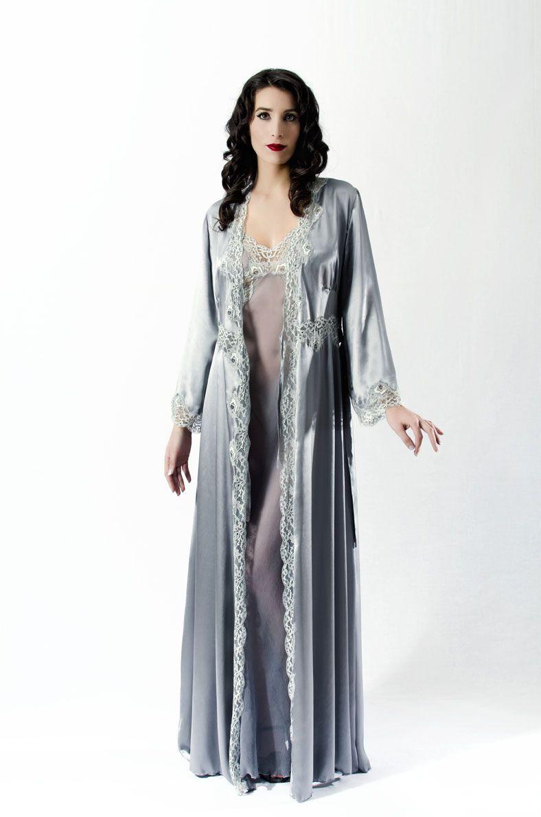 Liliana Casanova Montaigne Silk and Lace Dressing Gown. A beautiful ...