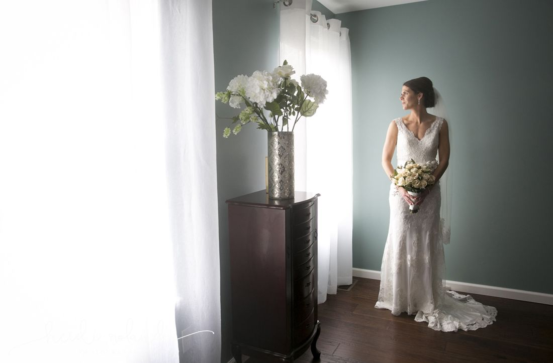 White Manor Country Club Wedding By Heidi Roland Photography