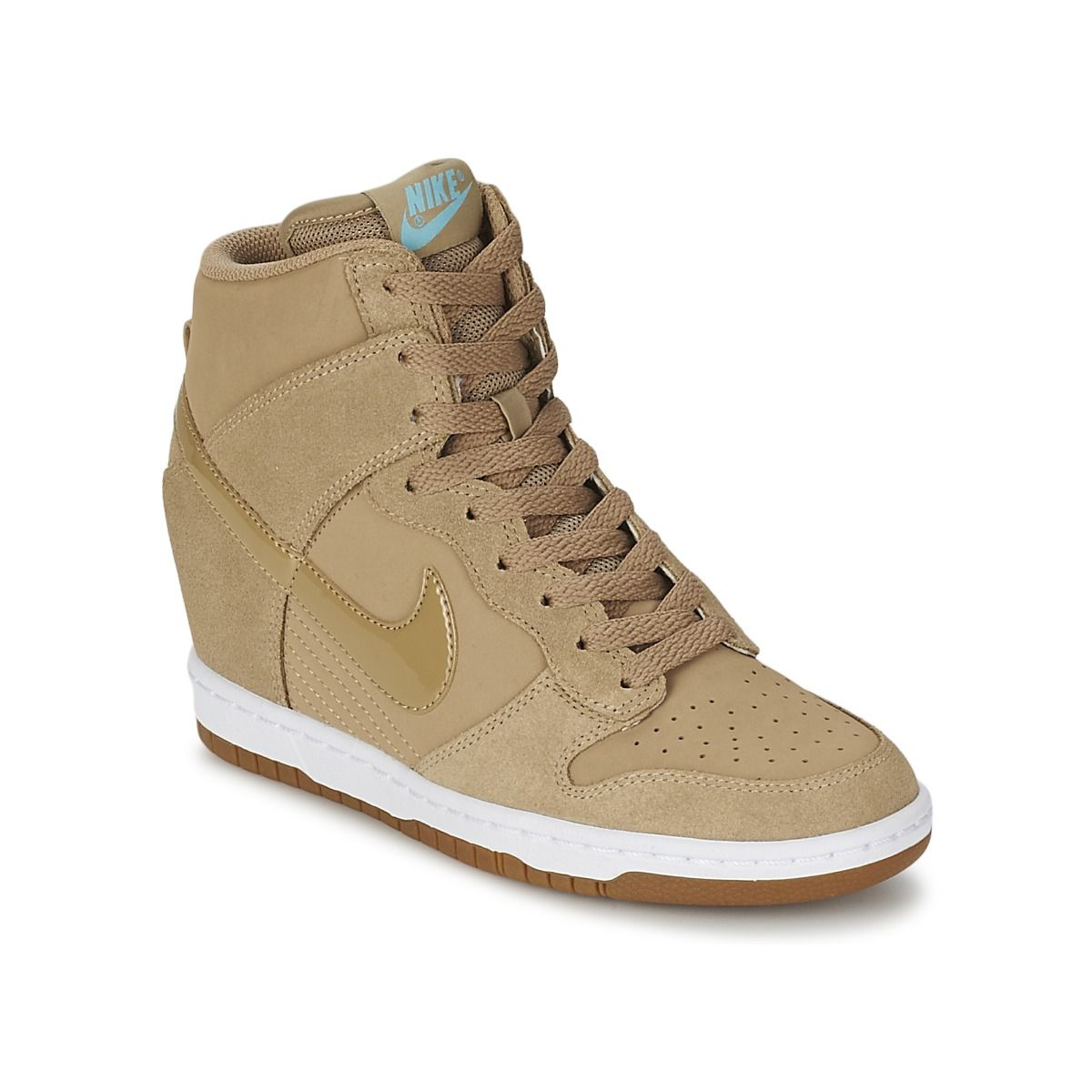Baskets basses Nike DUNK SKY HI ESSENTIAL Beige | chaussures ...