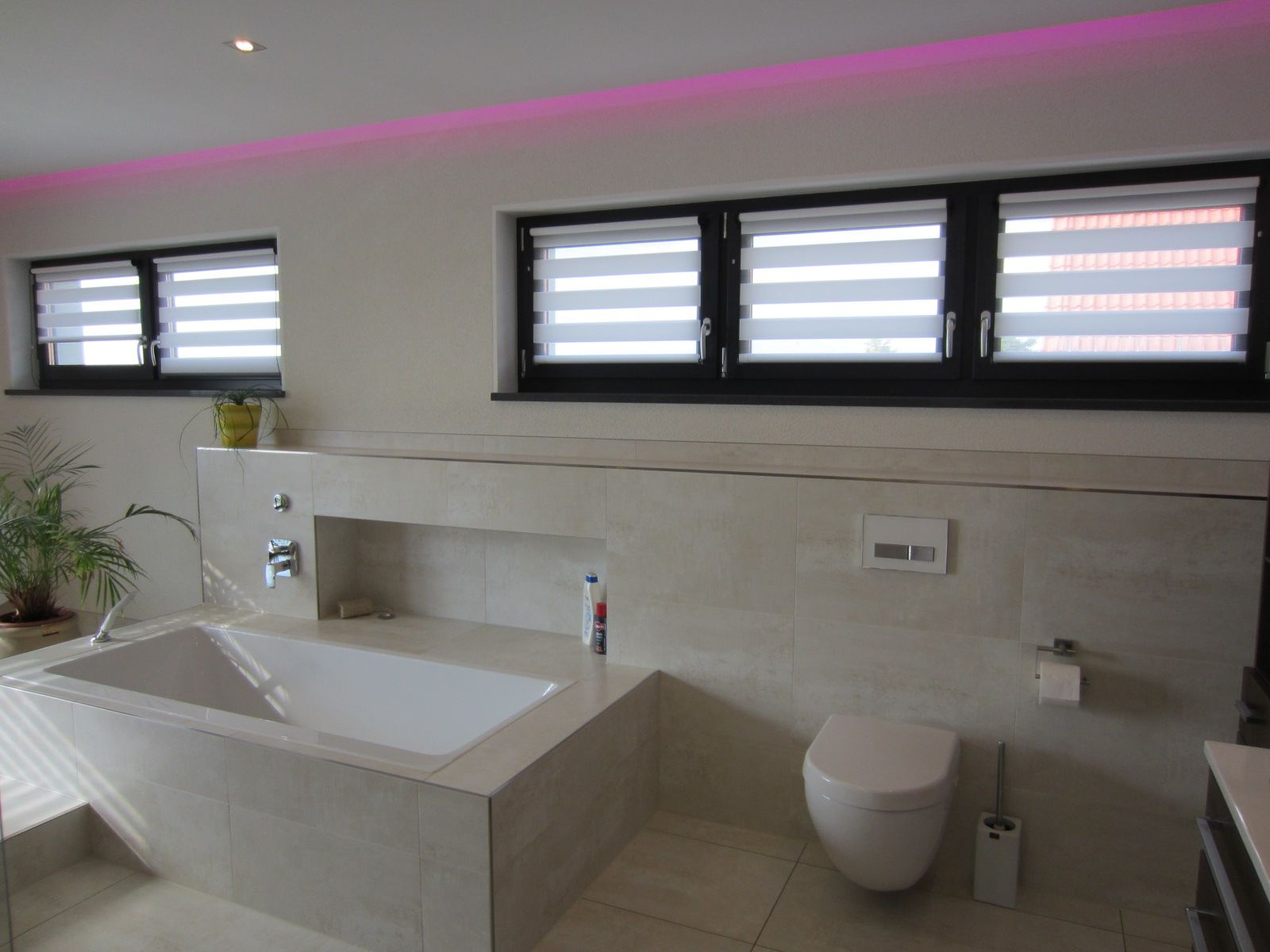 badezimmer rollo eingebung bild der bfbccaedfb