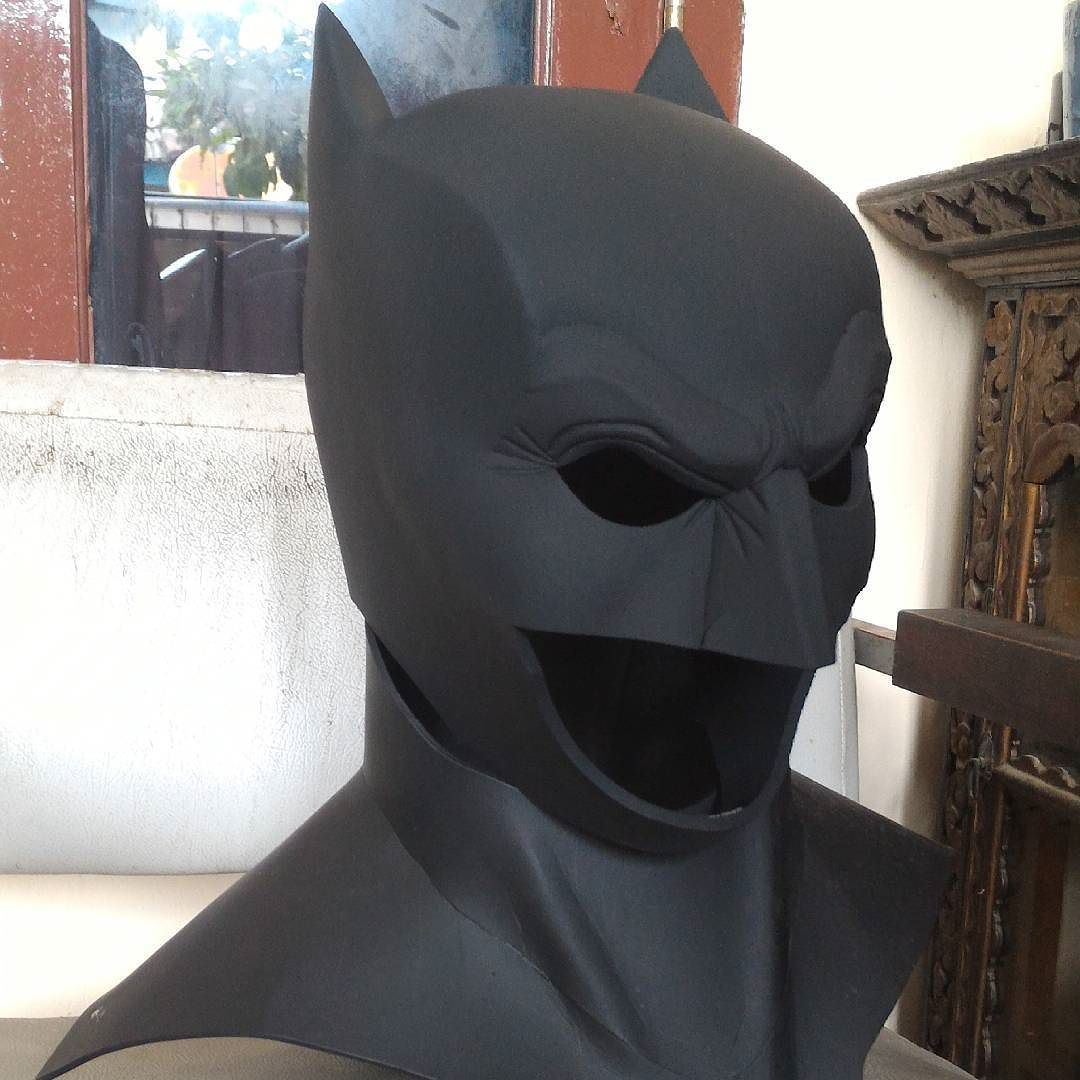 Batman TDK Cowl And Batsuit Pepakura Files Cosplay T