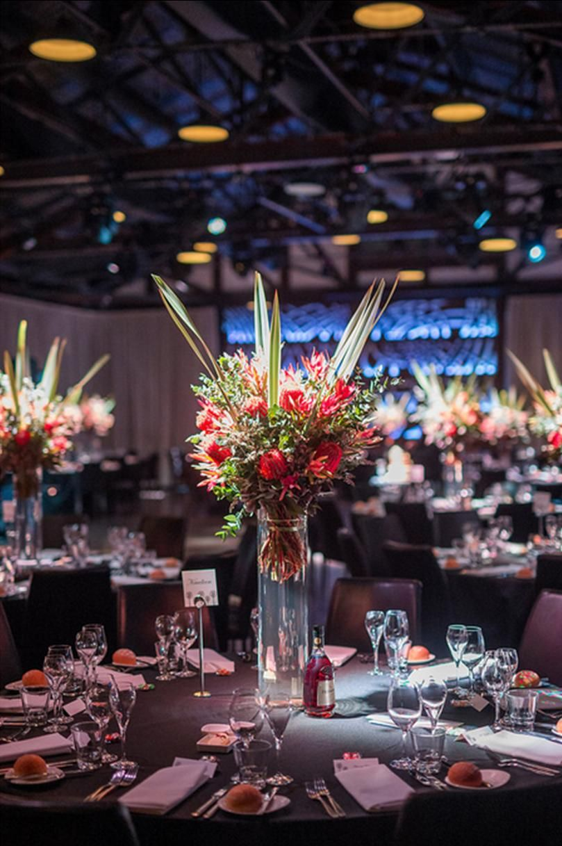 Wedding Centrepiece incorporating Australian native flowers at Showtime ...