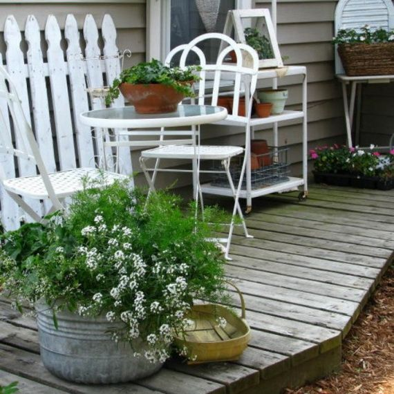 Ragged Terrace Design With Amazing Victorian Style Shabby Chic Patio Shabby Chic Outdoor Furniture Summer Porch Decor