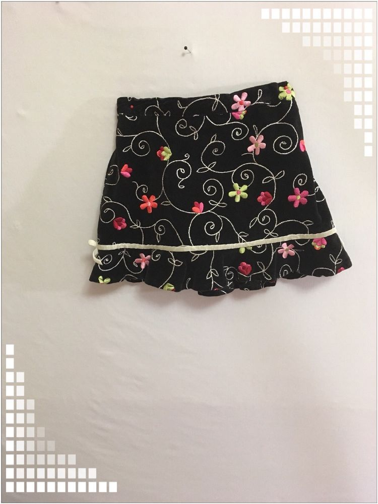 5fd25a355ee8 The Children s Place Baby Girl Size 18 Months Skirt Black 100 ...