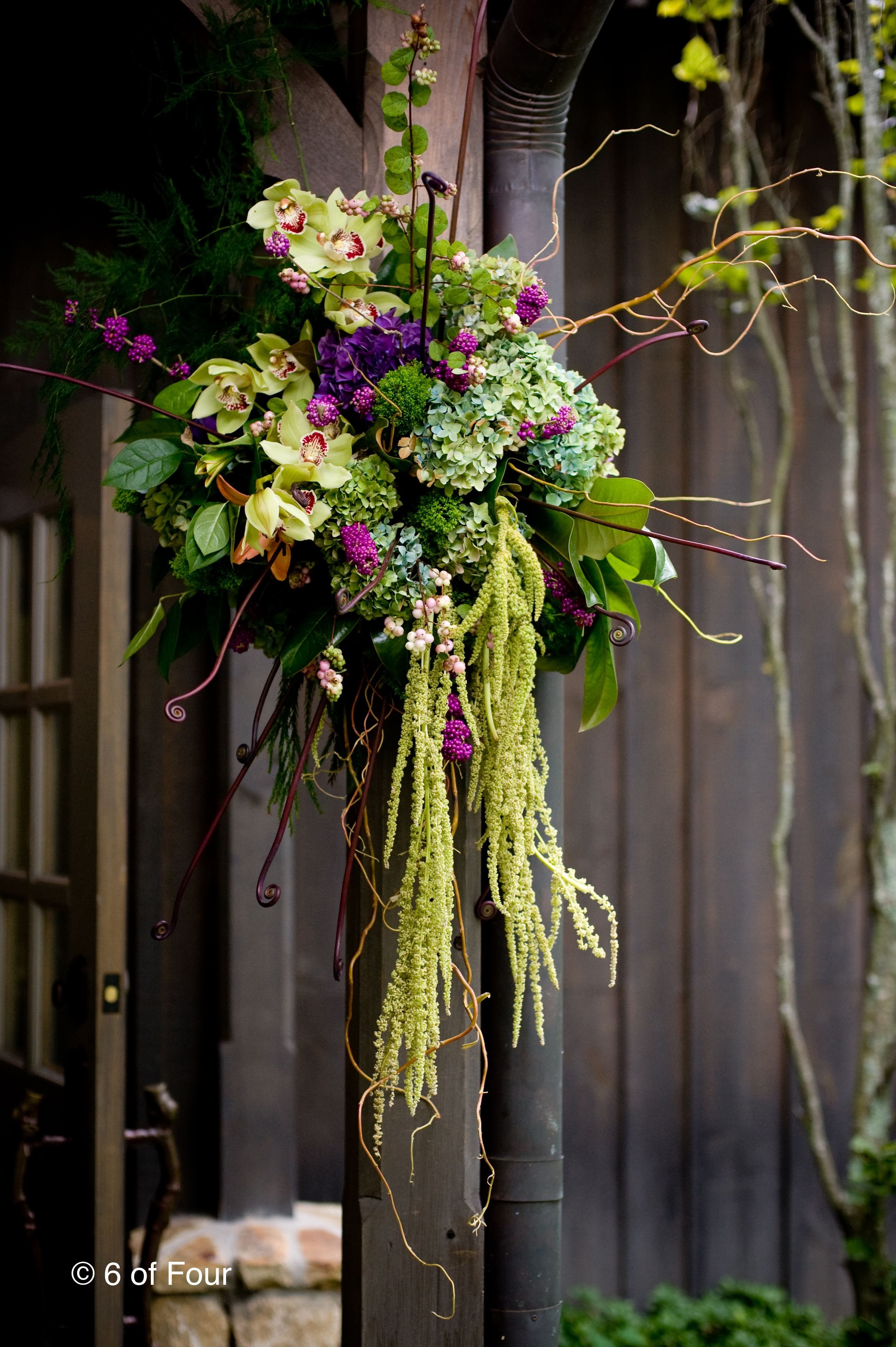 Easter wedding bouquets  Pin by 진숙 고 on pm  Pinterest  Beautiful flowers Barn and Doors