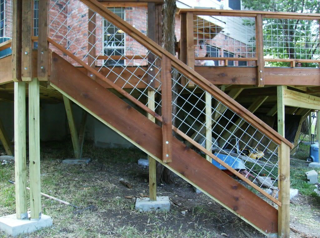 Deck Railing For Stairs Using Grid Fence Panels For The