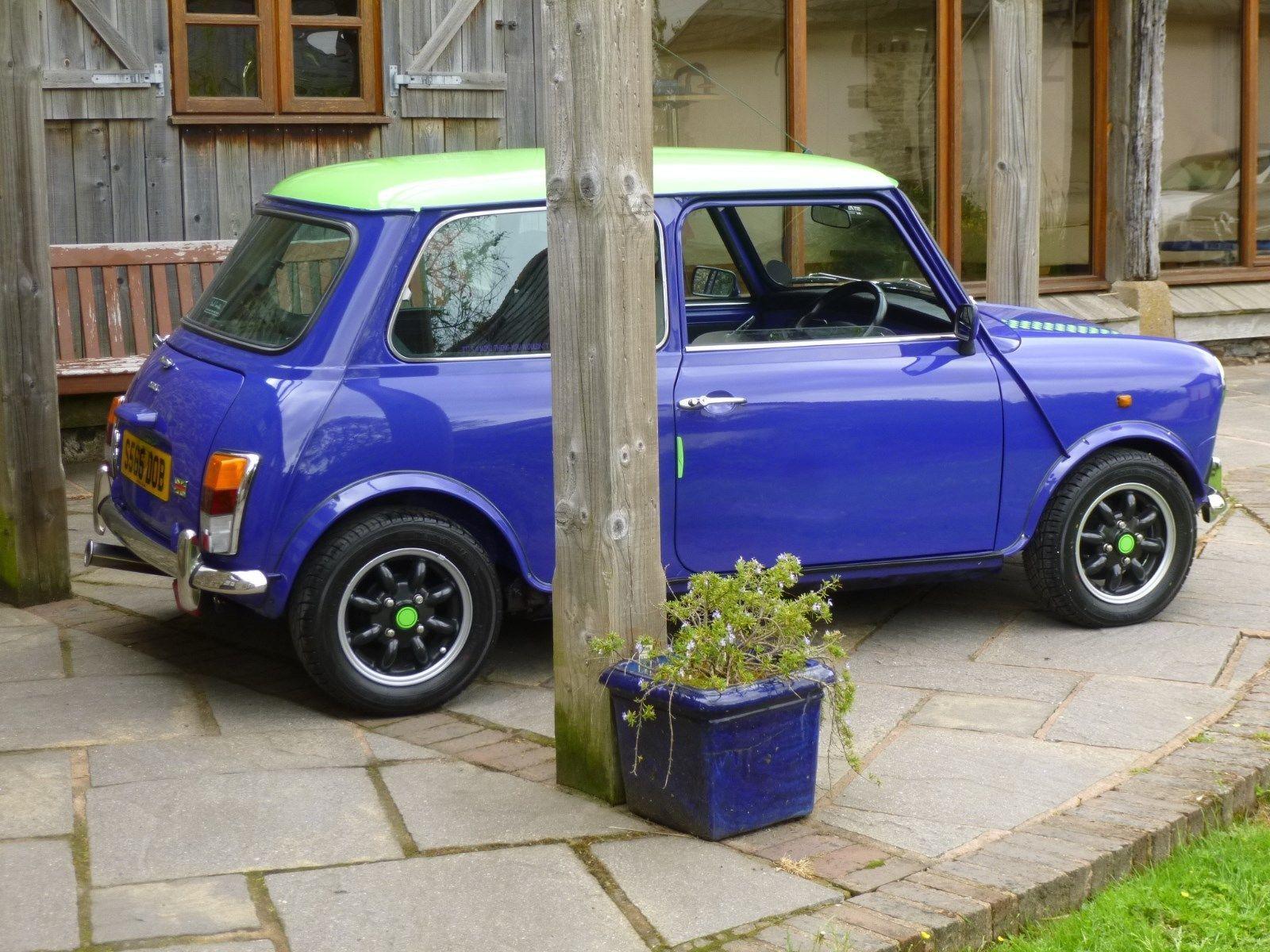 Ebay Rover Mini Paul Smith Limited Edition 1 Of 300 Uk Cars Ever Made On 26300 Miles Classicmini Mini Mini Morris Classic Mini Mini Cars For Sale