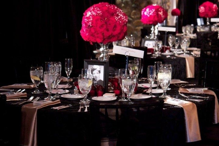 Old Hollywood Glam Wedding Pink Black Gold Reception Table Centerpiecesfull 720x480