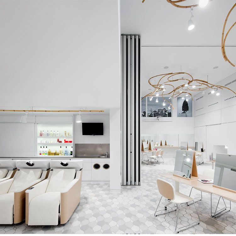 Accademia L 39 Oreal Barcellona Spagna Salons Meubles Ameublements Pour Salons A Vendre Acheter Ame Design De Magasin Mobilier Coiffure Decoration Bureau