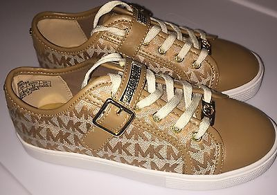 f82329f025cf1 Girls Michael Kors Neva Casual Tennis Shoes size 2 Youth New no Box ...