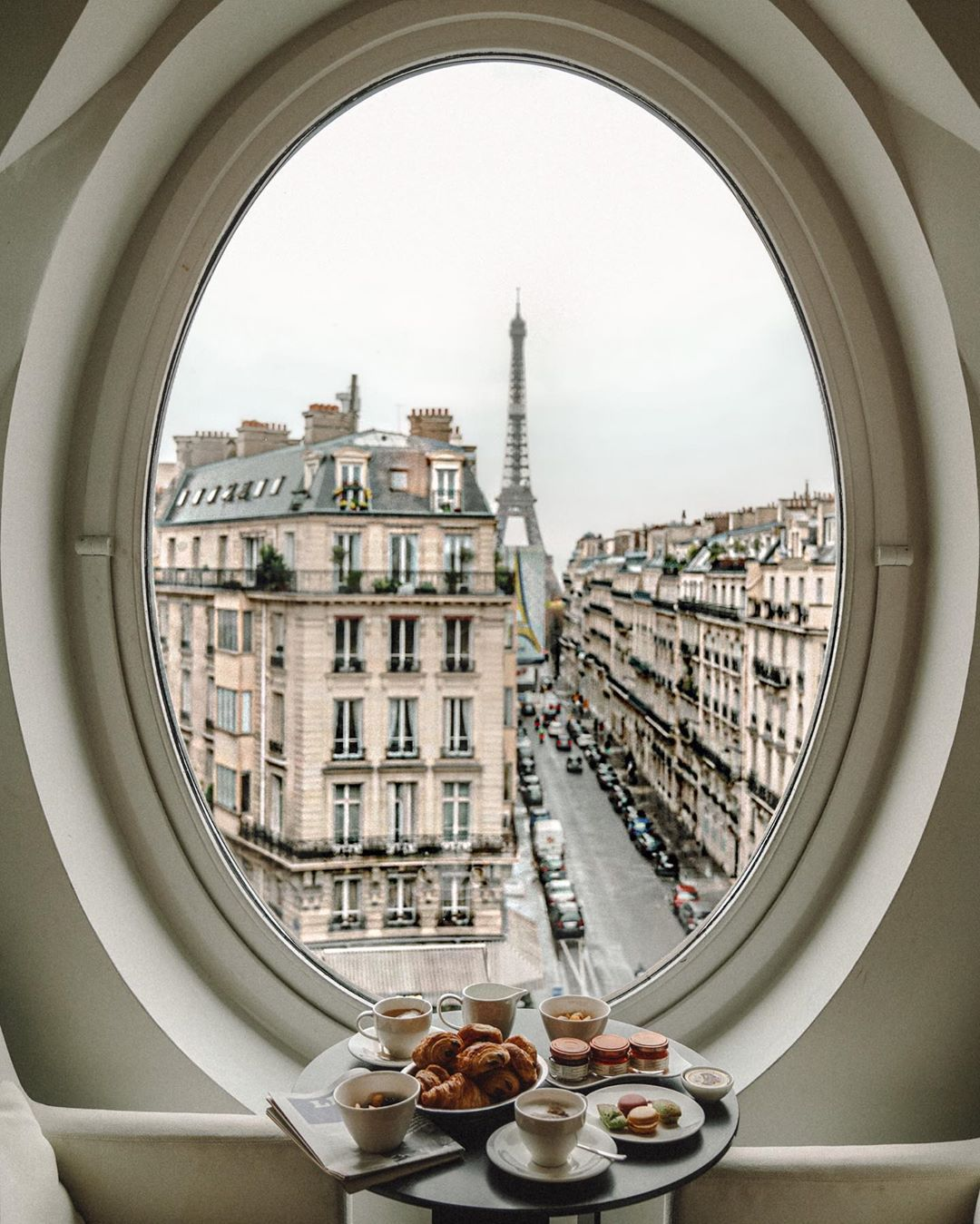 "Ana Linares | travel+lifestyle on Instagram: ""Take me to Paris and leave me there ☕️💕💫 @lemetropolitanparis by @tributeportfolio - head to my stories to follow along this magical stay!…"""