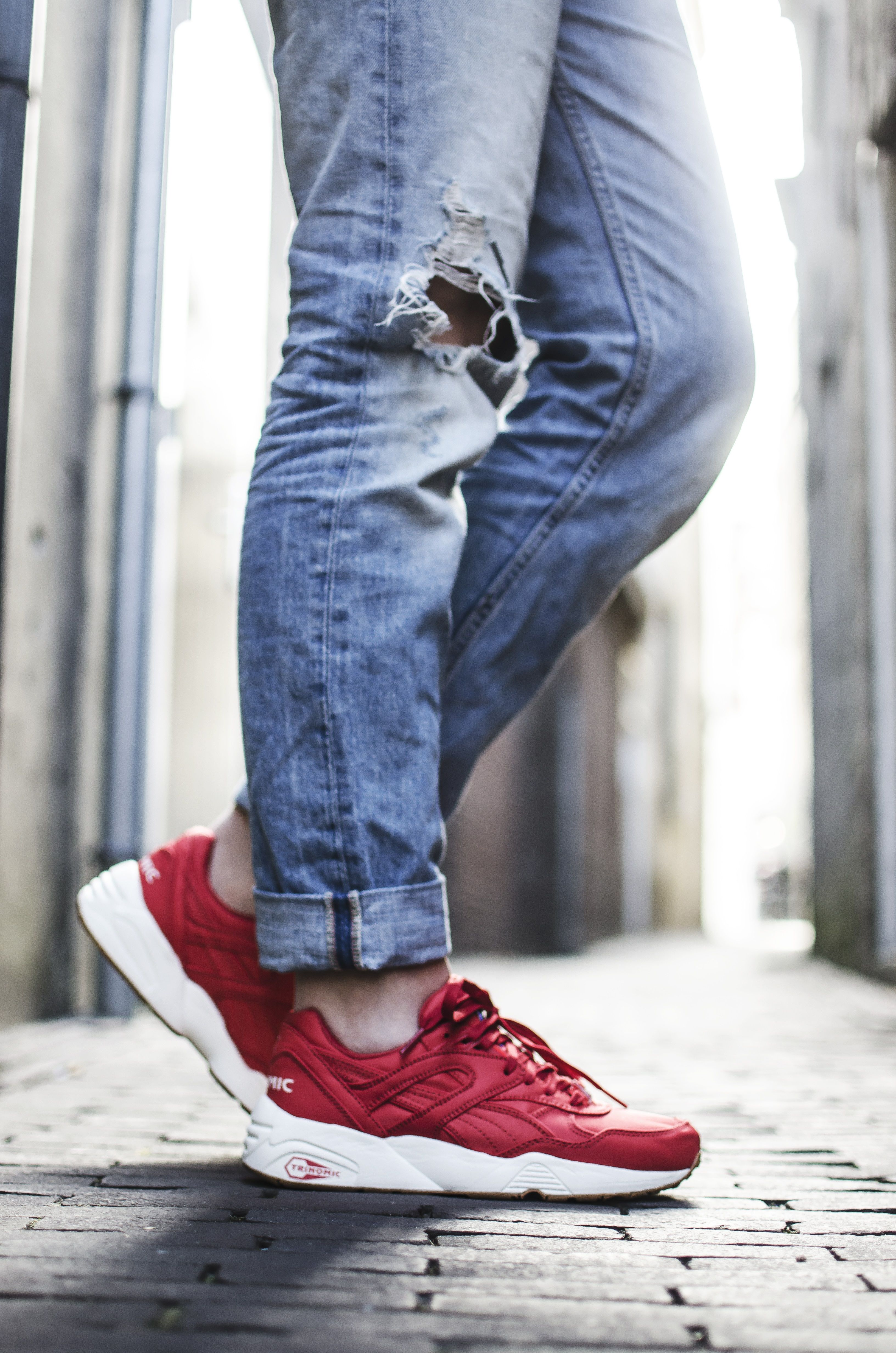 Puma Trinomic R698 red http://www.pro-shoes.nl/puma/trinomic #sneakers #woman #sneakergirl