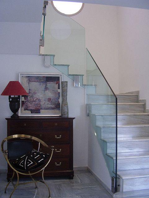 Pin de vidreglass en barandillas de cristal pinterest - Barandilla escalera interior ...