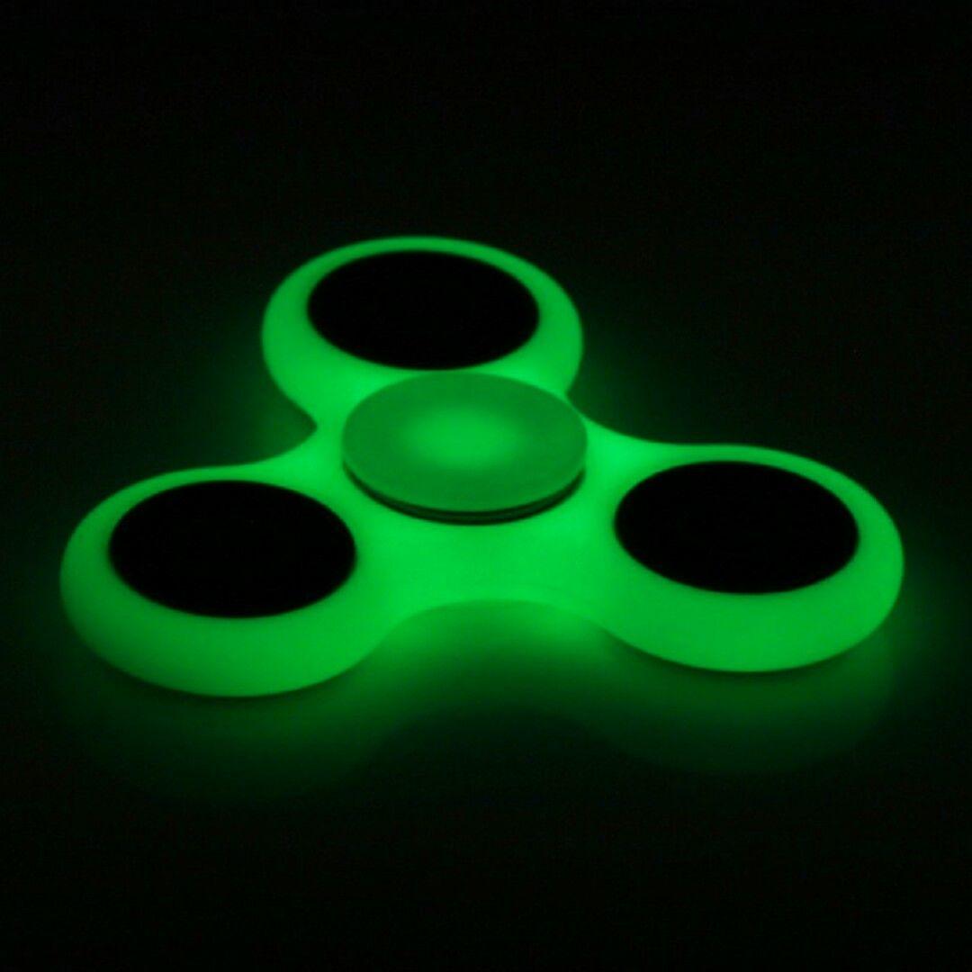 Fidget Spinner Glow in the Dark Hand Finger Tri Focus Desk Tool EDC Autism GREEN